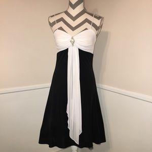 🎉BETSY & ADAM Stunning black & white party dress